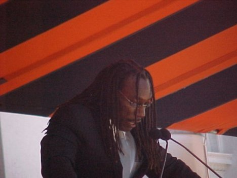 Boyd Tinsley Helps To Pay For Kids' Music And Tennis Lessons